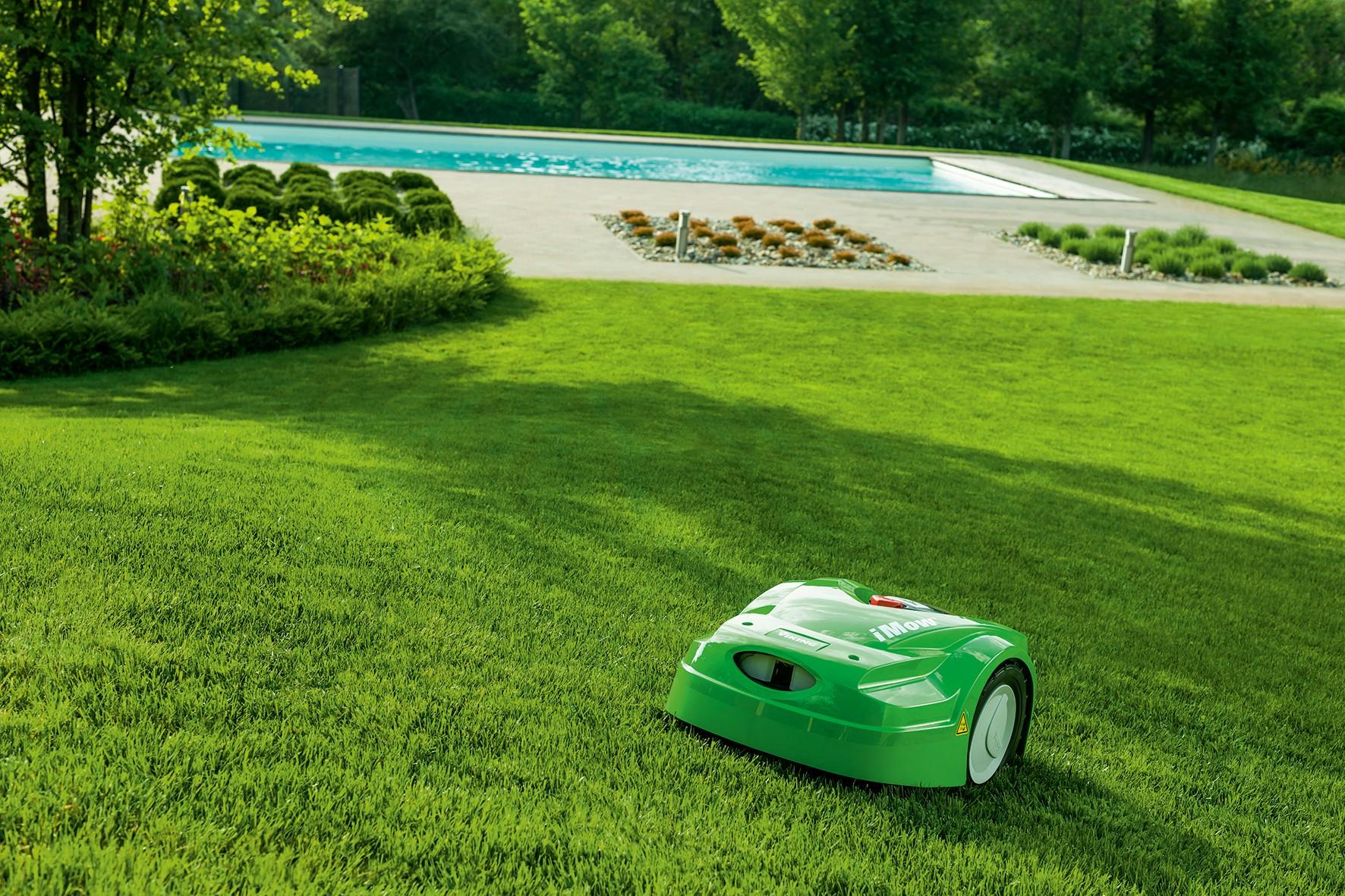 tonte-pelouse-tondeuse-autonome-robot-automower_marque-viking_par-nature-et-jardin-paysagistes-des-hauts-de-france_1772x1181px